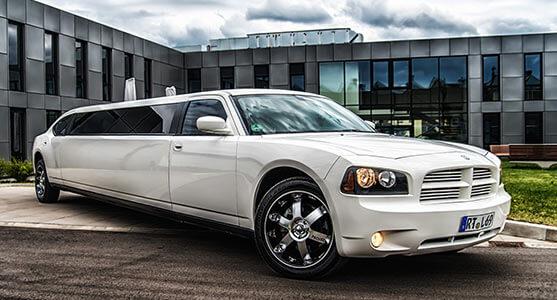 Limousine Dodge Charger V8